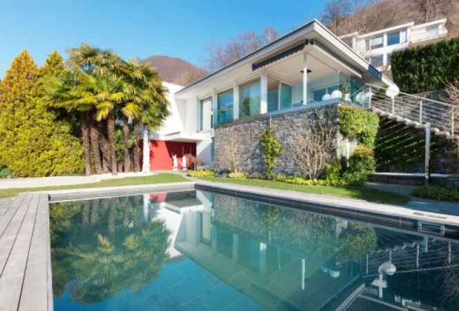 "Construire une piscine en copropriété<span class=""normal italic petit"">© piovesempre - Thinkstock2</span>"