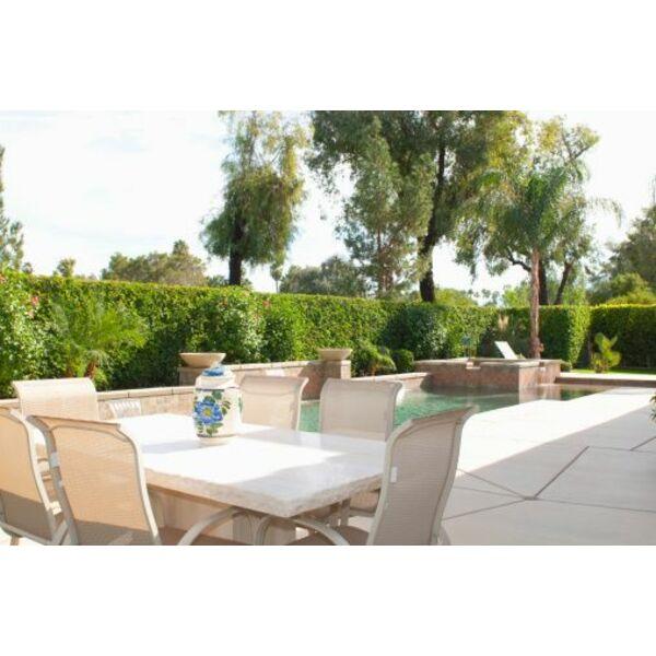 Dossier construire une terrasse autour de la piscine for Construire une piscine