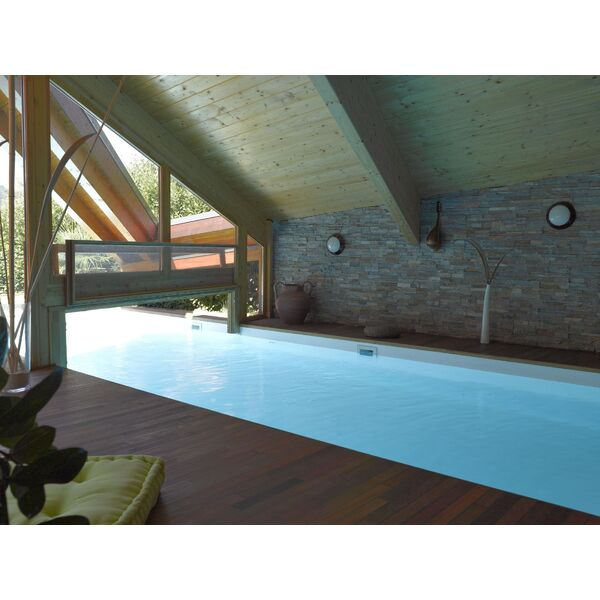 couloir de nage int rieur ext rieur piscine enterr e. Black Bedroom Furniture Sets. Home Design Ideas