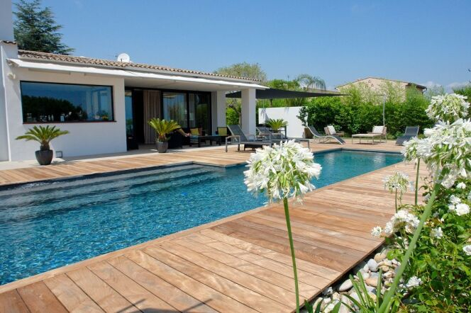 piscine couloir de nage et bassin de nage en photos. Black Bedroom Furniture Sets. Home Design Ideas