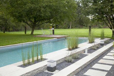 """Couloir de nage BIOTOP - Baignade écologique<span class=""""normal italic petit"""">© Living-Pool de BIOTOP - www.baignade-ecologique.com</span>"""