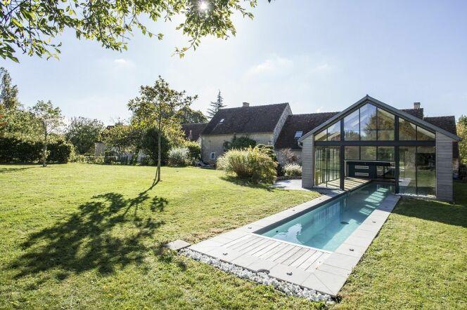 couloir de nage in out caron piscines piscine enterr e caron piscines. Black Bedroom Furniture Sets. Home Design Ideas