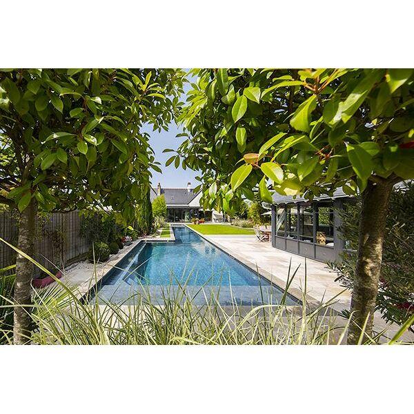 couloir de nage b ton arm par l 39 esprit piscine piscine enterr e l 39 esprit piscine. Black Bedroom Furniture Sets. Home Design Ideas
