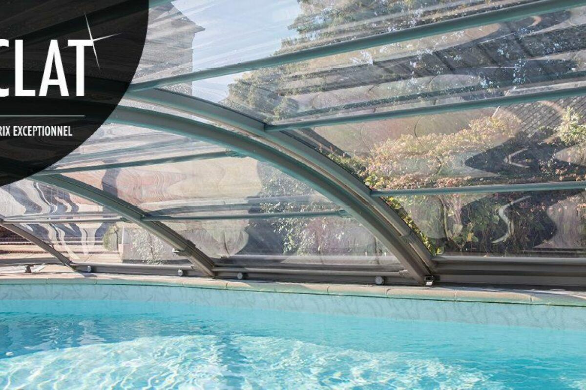 La Finition Cristal D Abrisud A Prix Reduit Pour Un Abri Vraiment Transparent Guide Piscine Fr