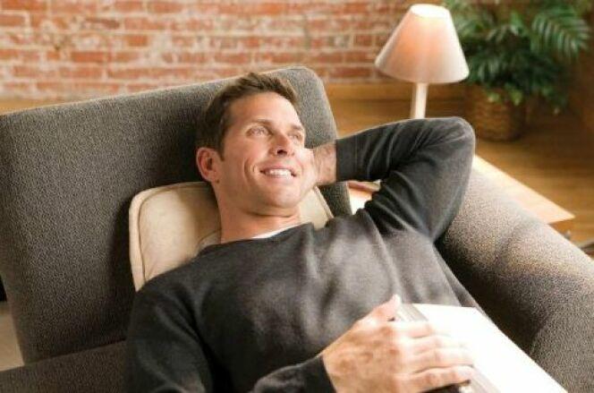Le coussin massant est un bon moyen de bénéficier d'un massage à domicile dans son canapé ou dans son bain si vous disposez d'un coussin étanche.