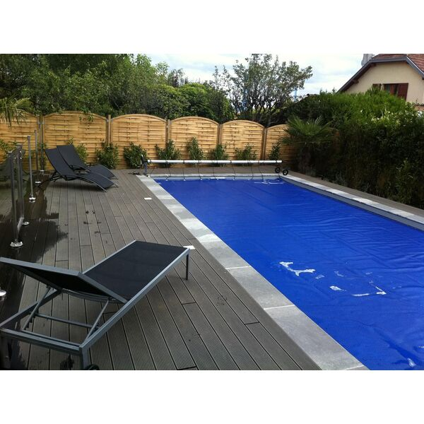 Couverture bulle euro piscine services for Piscine a bulles