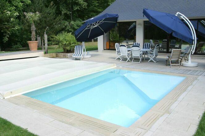 Photos de b ches et couvertures de piscine couverture - Couverture automatique de piscine ...