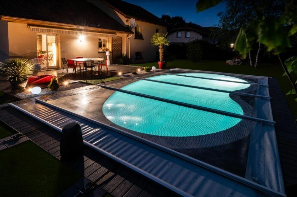 Couverture de piscine Solae, par Waterair© Piscines Waterair