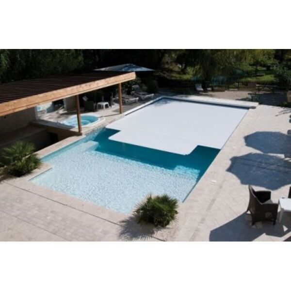 couvrir une piscine latest couvrir une piscine with couvrir une piscine beautiful kandis extra. Black Bedroom Furniture Sets. Home Design Ideas