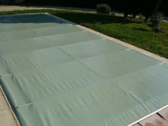 Comparatif des couvertures de piscine