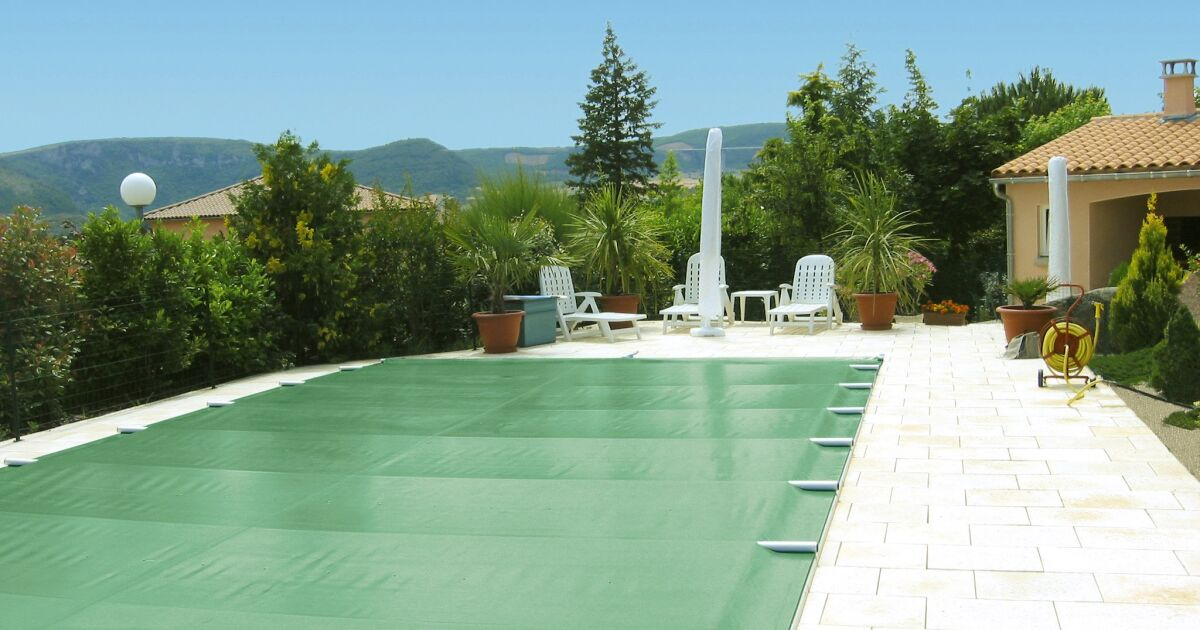 Couverture de piscine barres easy first albiges for Centre rencontre courfaivre piscine