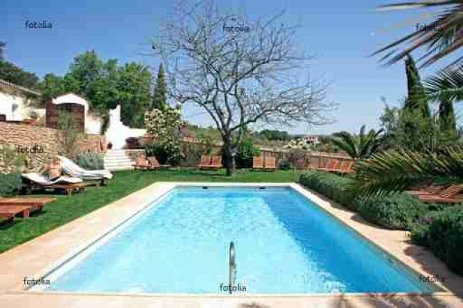 Couvrez votre piscine avec Abris de Piscine Rideau