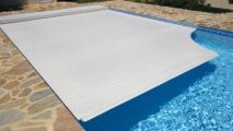 Couvrir sa piscine : un bonus ou une nécessité ?