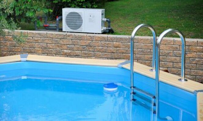 Cr er un habillage en bois pour une piscine hors sol - Piscine hors sol habillage bois ...