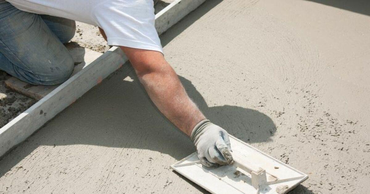 Cr er une dalle de b ton pour poser une piscine hors sol for Piscine hors sol beton castorama