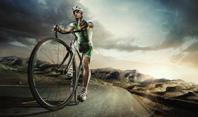 """La natation et le cyclisme peuvent être de des sports complémentaires.<span class=""""normal italic petit"""">© vitaliy_melnik</span>"""