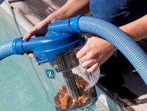 En images : 10 accessoires pour le nettoyage de la piscine