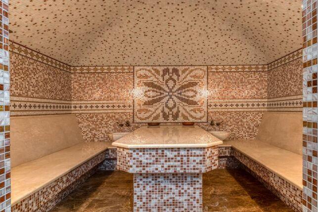 De la mosaïque dans un hammam