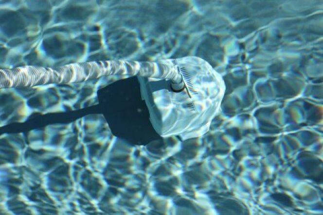Découvrez le balai de piscine avec filtre