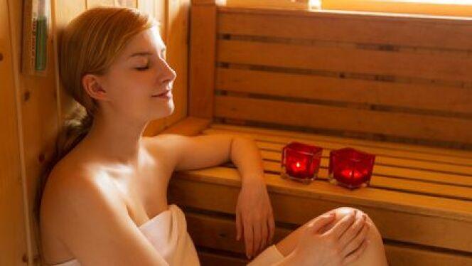 """Découvrez les bienfaits du sauna pour lutter contre le stress <span class=""""normal italic petit"""">© Christian Schwier - Fotolia.com</span>"""