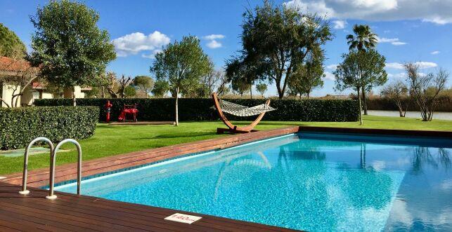 Découvrez les pompes à chaleur piscine SILVERLINE et JETLINE
