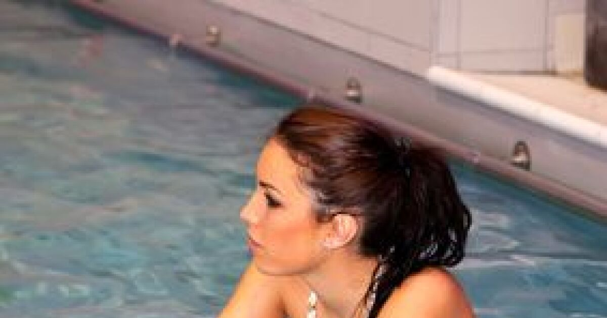 dossier d couvrir l 39 aquabiking et les bienfaits du v lo en piscine. Black Bedroom Furniture Sets. Home Design Ideas