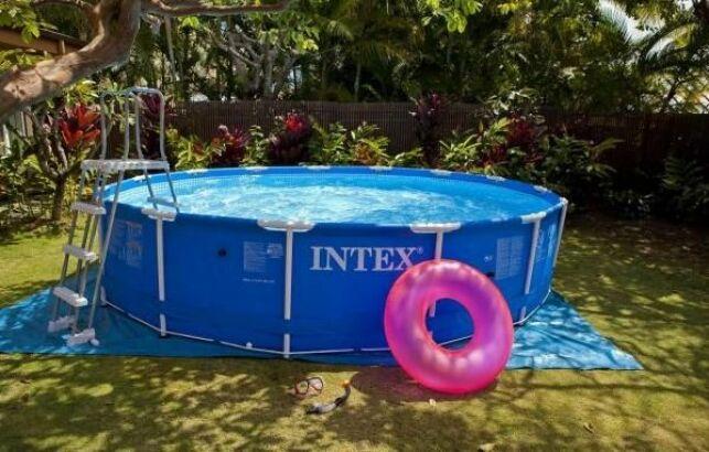 Démonter sa piscine tubulaire en hiver