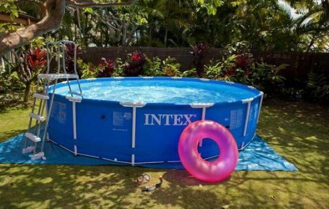"Démonter sa piscine tubulaire en hiver<span class=""normal italic petit"">© Intex</span>"
