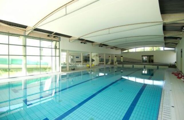 Des brevets de sauvetage à la piscine d'Ophéa à Quintin