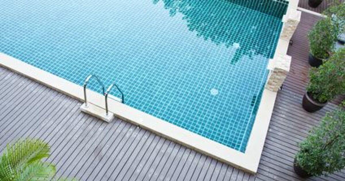 Margelles de piscine en gr s c rame for Calcium plus pour piscine