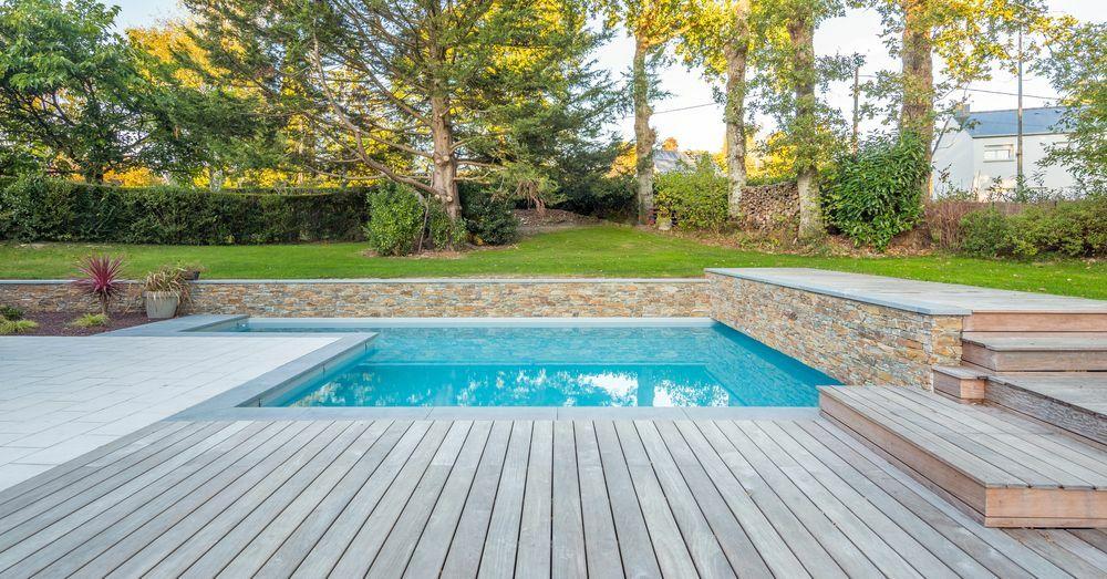 Des piscines plus vertueuses avec Pentair© Dimitri Lamour shutterstock.com