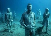Des oeuvres d'art.... au fond de l'océan !