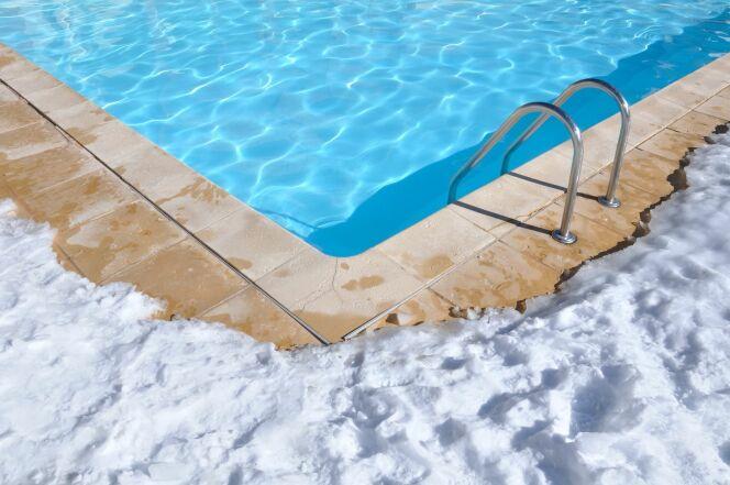 Des tutos en vidéo pour bien hiverner votre piscine.