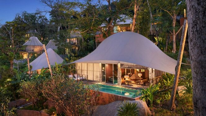 Villa tente avec sa piscine bois de 30m²,