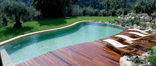 Devis de piscine comparez les prix avant d 39 acheter votre piscine - Faire construire une piscine prix ...