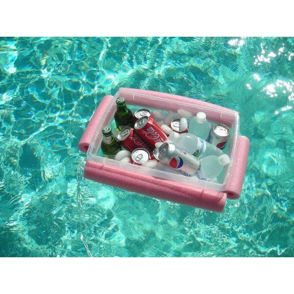 Diy piscine fabriquer une glaci re flottante avec des for Fabriquer une piscine