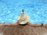 Un dôme solaire pour la piscine : garder l'eau chaude plus longtemps