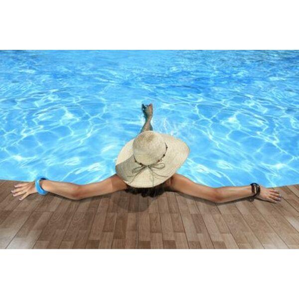 Un d me solaire pour la piscine garder l 39 eau chaude plus for Chauffage solaire dome pour piscine