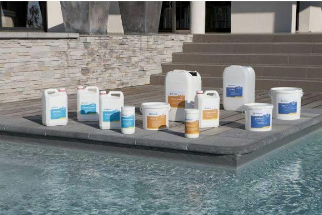 Dosage du PHMB dans une piscine