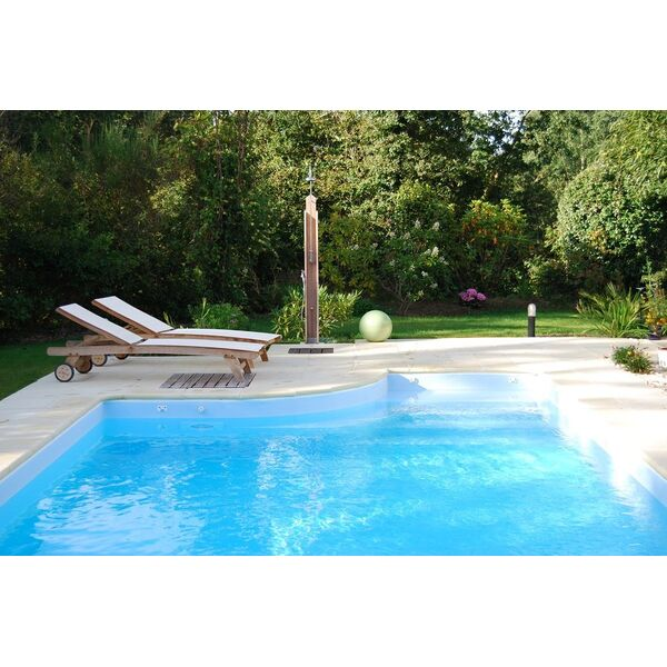 Douche de piscine 3 bonnes raisons de l 39 adopter for Piscine de douche bebe