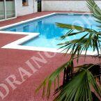 Draincolor, du béton drainant pour plages de piscine