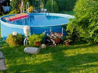 Du solaire pour votre piscine hors-sol : chauffer l'eau