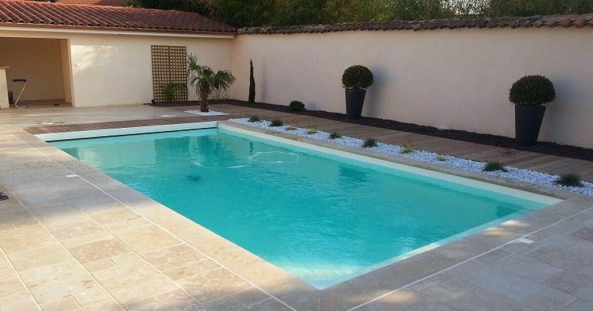 Piscine easy blue saint martin en haut pisciniste for Construction de piscine 63000