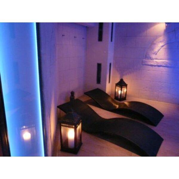 Espace spa jasses de camargue gallargues le montueux for Salle de relaxation