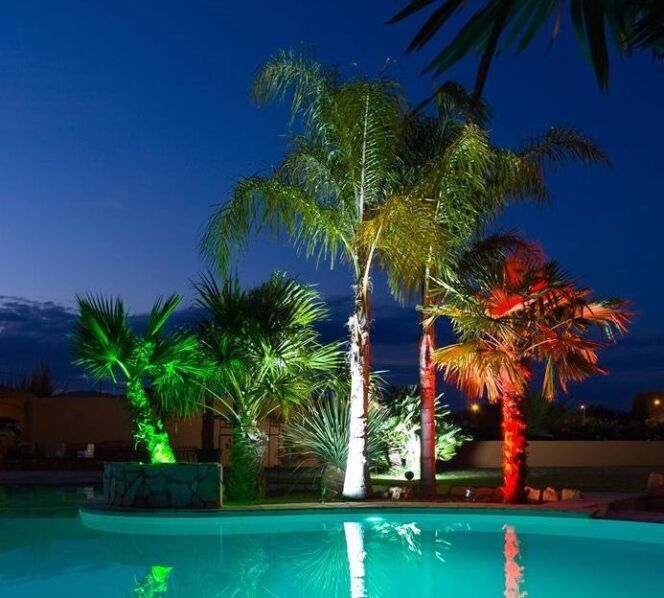 """Eclairage de piscine par SeaMaid<span class=""""normal italic petit"""">© SeaMaid</span>"""