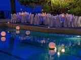 L'éclairage de piscine sans fil : pratique et économique