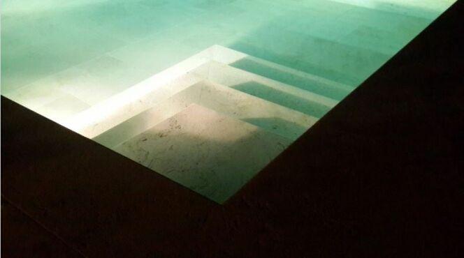 Éclairer les abords de votre piscine