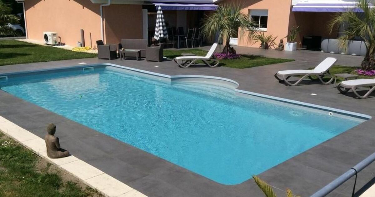 Egura piscines everblue bidart pisciniste pyr n es for Cash piscine 64