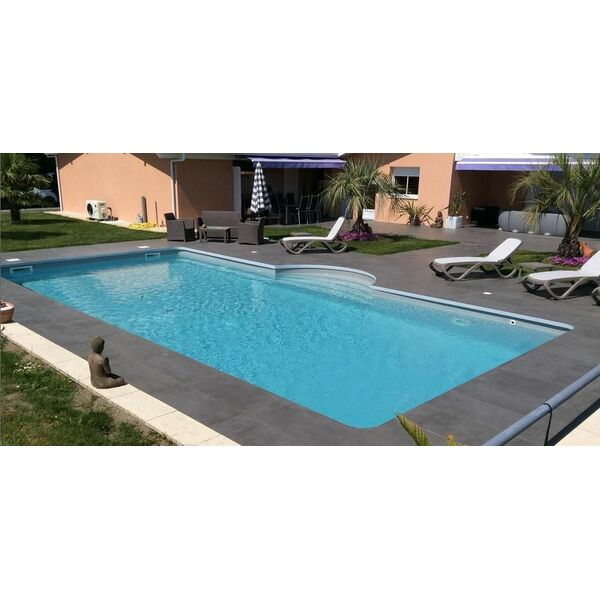 Egura piscines everblue bidart pisciniste pyr n es for Construction piscine everblue