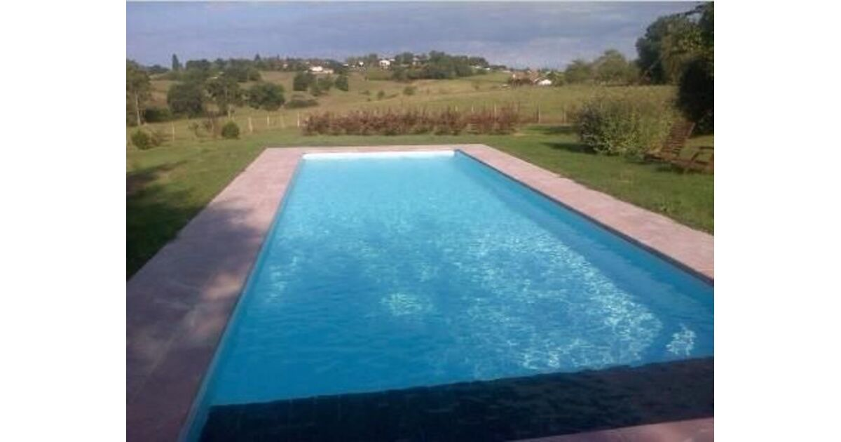 Egura piscines everblue saint p de l ren pisciniste for Piscine miroir everblue